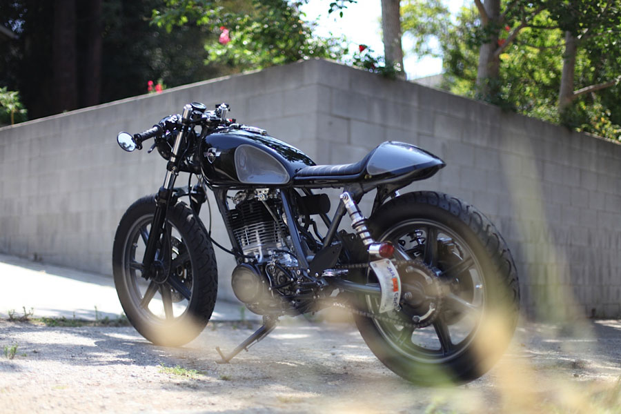 ChappellCustoms_SR500_alley2